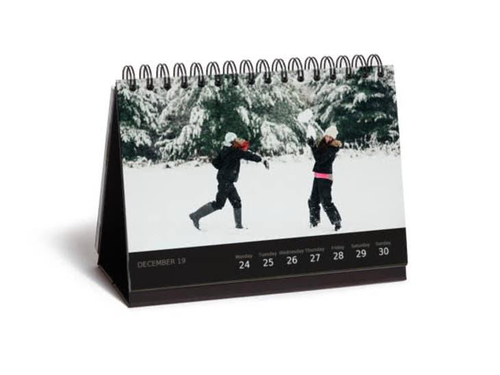 Christmas gift ideas for grandma - desk calendar - little boxes
