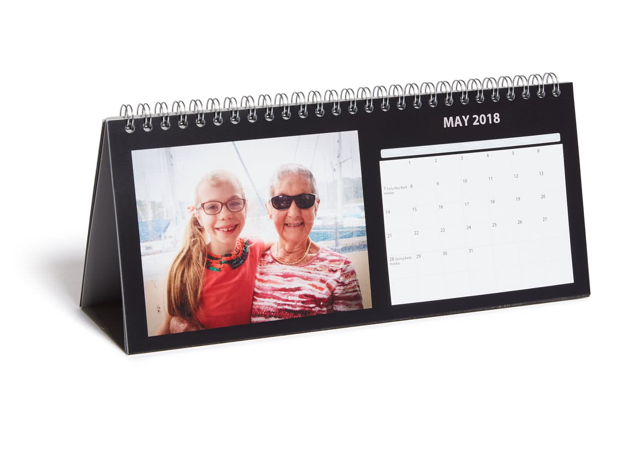 Desk Calendar Photography : Desk calendar photobox