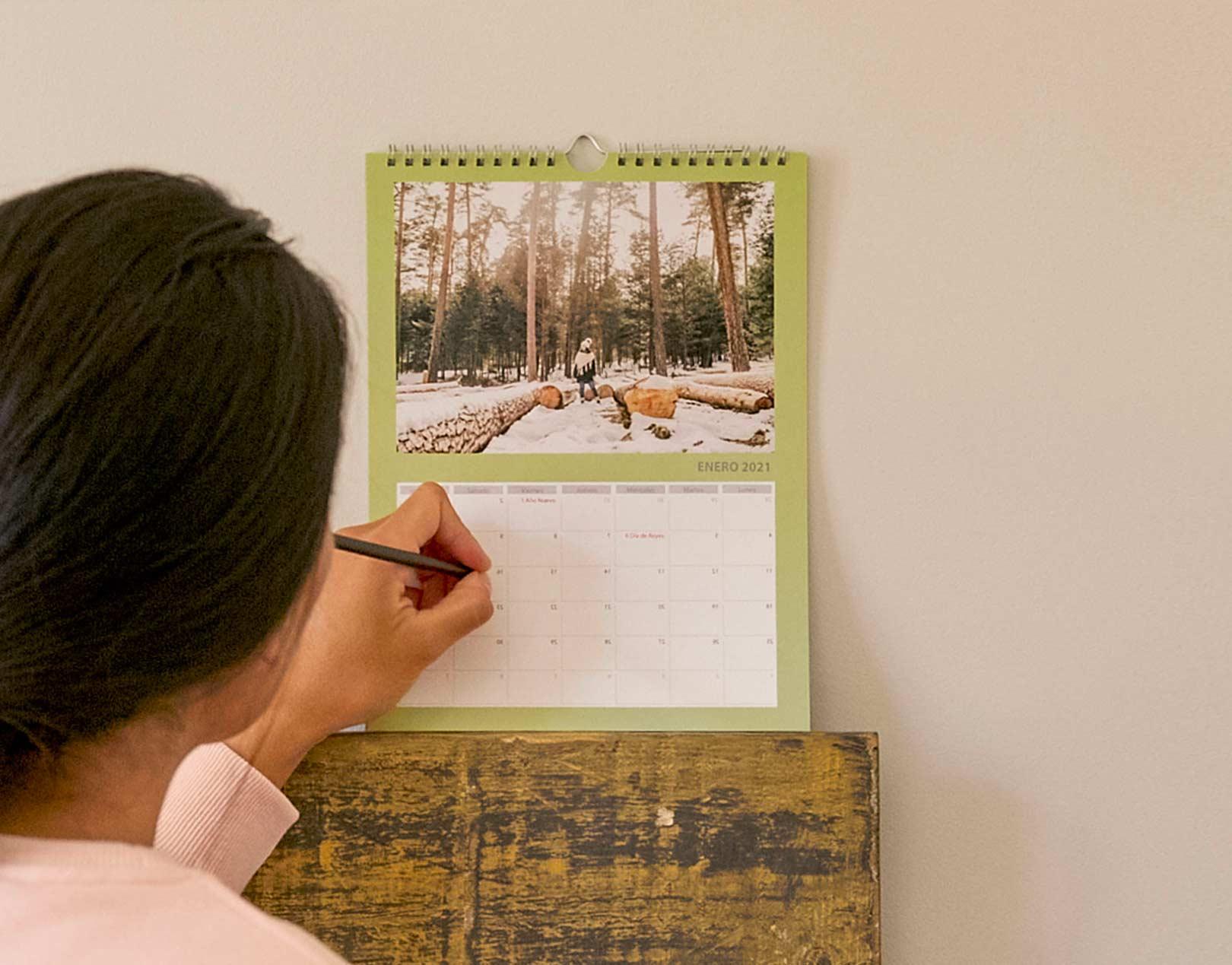 Calendario de Pared Personalizado con Fotos Tamaño A4 & A3