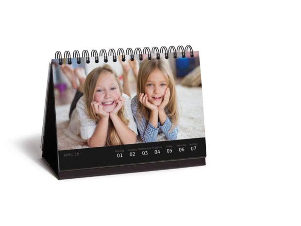 Deluxe Desk Calendar