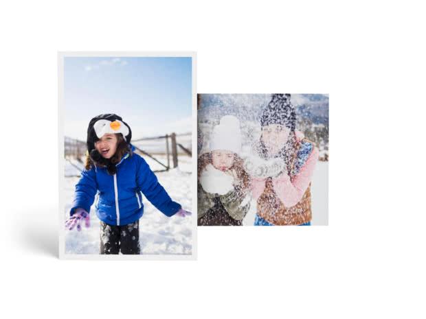 Fotografías mostrando niños jugando en la nieve.