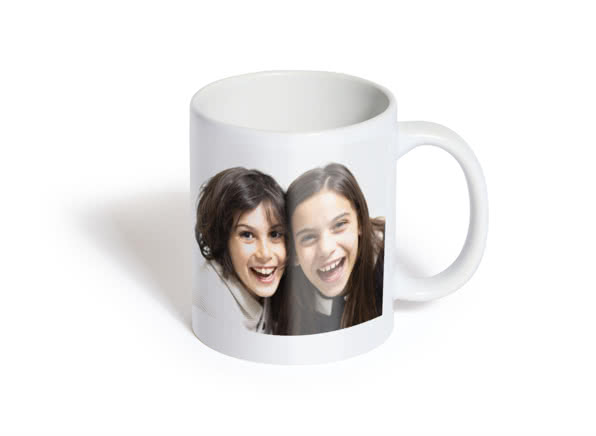Christmas gift ideas for friends - photo mug - head to head